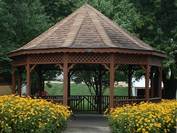 Heritage Park has a nice gazebo surrounded by beautiful flowers