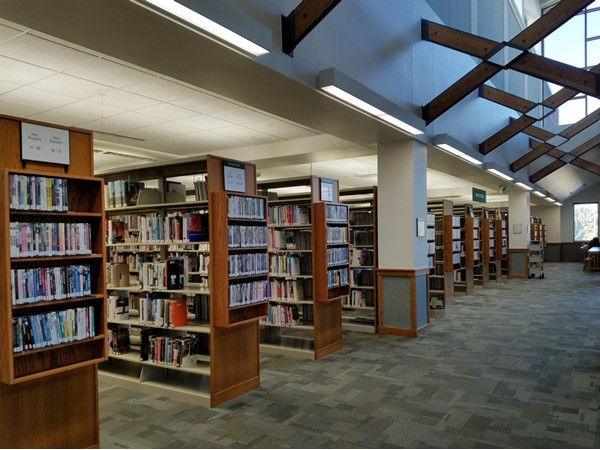 West Des Moines Library is open on Sundays